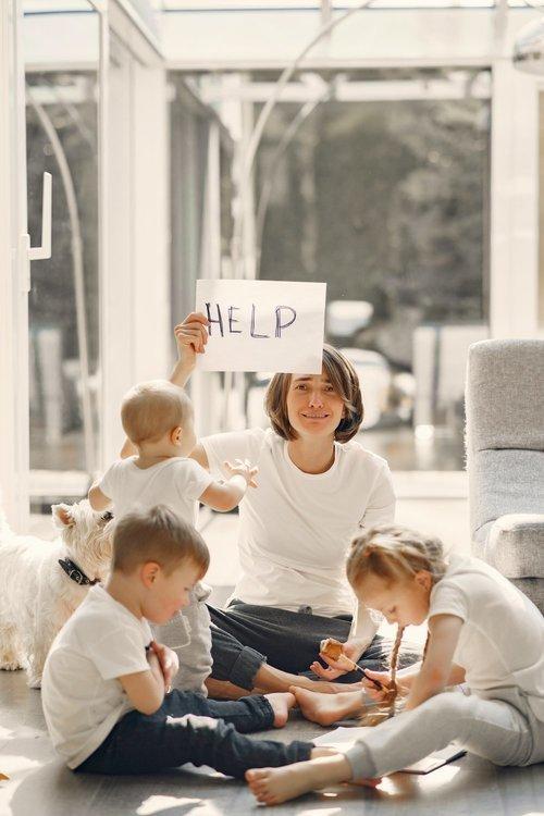 moeder hulp vragen